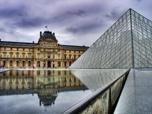 El Louvre es uno de los museos mas importantes del mundo