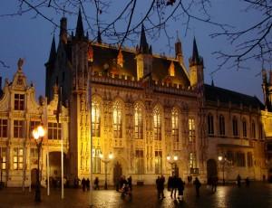 Ayuntamiento-Brujas
