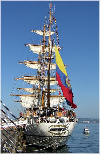 2810-El buque escuela GUAYAS en la Tall Ships Race-Coruña.2012